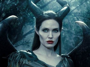 angelina-jolie-spreads-her-wings-in-maleficent-teaser