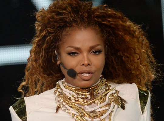 janet-jackson-throat-tumor-surgery